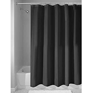 Schwarze Duschvorhänge